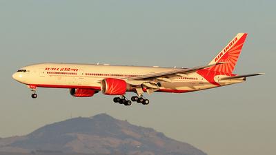 VT-ALH - Boeing 777-237LR - Air India