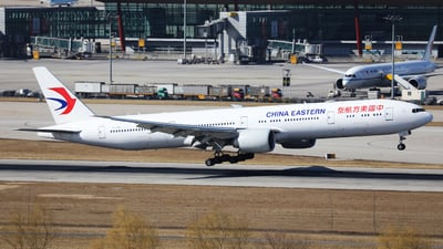 B-7881 - Boeing 777-39PER - China Eastern Airlines