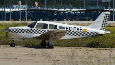 A picture of ECFAB - Piper PA28R201T Turbo Arrow III - [28R7703139] - © bruno muthelet