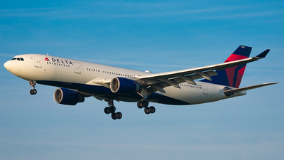 N858NW - Airbus A330-223 - Delta Air Lines