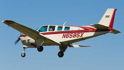 N6585X - Beechcraft B36TC Bonanza - Private