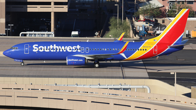 A picture of N8327A - Boeing 7378H4 - Southwest Airlines - © Sam Thomas