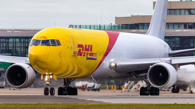 A picture of N220CY - Boeing 767383(ER)(BDSF) - DHL - © Andre Bonn