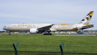 A6-ETB - Boeing 777-3FXER - Etihad Airways
