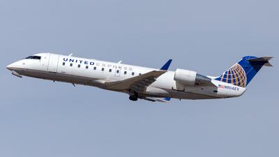 A picture of N904EV - Mitsubishi CRJ200LR - United Airlines - © HA-KLS