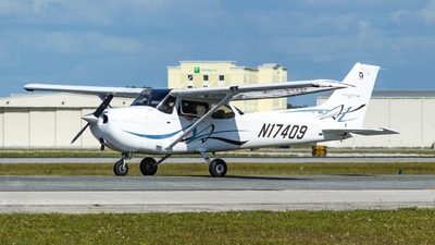 N17409 - Cessna 172S Skyhawk SP - Cirrus Aviation
