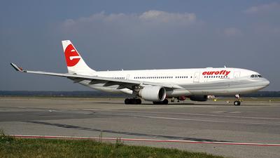 I-EEZJ - Airbus A330-223 - Eurofly