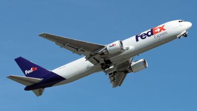 A picture of N143FE - Boeing 7673S2F(ER) - FedEx - © Kerrigan_Aviation_NJ