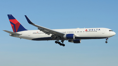 A picture of N1201P - Boeing 767332(ER) - Delta Air Lines - © Alexander Portas