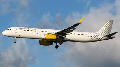 EC-MHB - Airbus A321-231 - Vueling