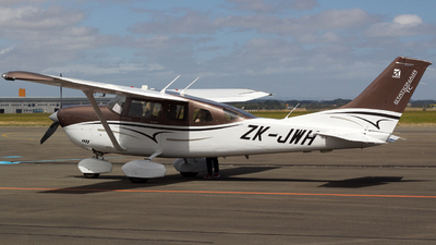 ZK-JWH - Cessna T206H Stationair TC - Private