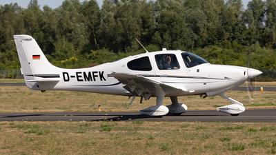 A picture of DEMFK - Cirrus SR20 G6 - [] - © Sebastian Sowa
