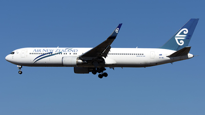 ZK-NCL - Boeing 767-319(ER) - Air New Zealand