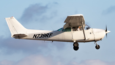 N739RF - Cessna 172N Skyhawk - Private