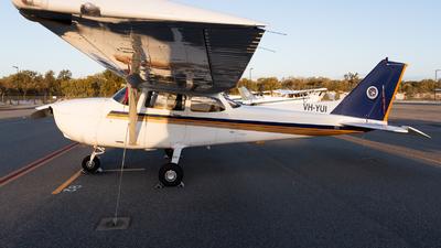 VH-YUI - Cessna 172R Skyhawk II - Singapore Flying College