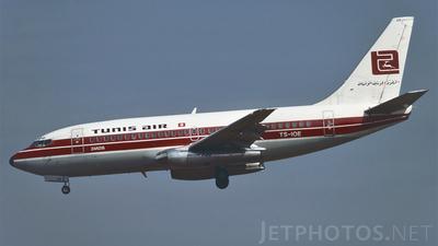 TS-IOE - Boeing 737-2H3(Adv) - Tunisair