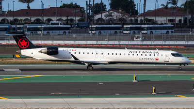 C-FCJZ - Bombardier CRJ-705LR - Air Canada Express (Jazz Aviation)