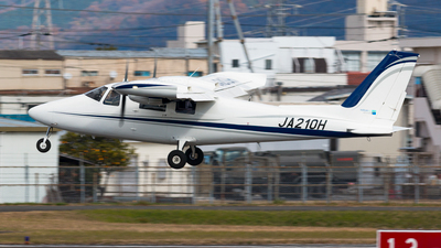 JA210H - Vulcanair P.68TC - Hirata Gakuen