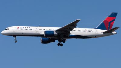 N643DL - Boeing 757-232 - Delta Air Lines