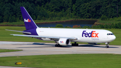 A picture of N114FE - Boeing 7673S2F(ER) - FedEx - © wangruoyao