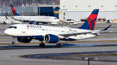 A picture of N120DU - Airbus A220100 - Delta Air Lines - © xuxinyi1000