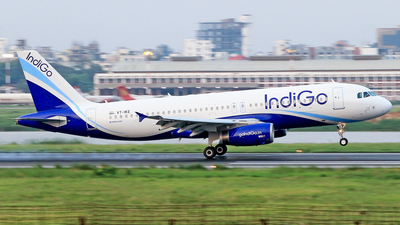 VT-IKE - Airbus A320-232 - IndiGo Airlines