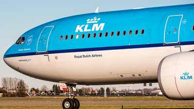 PH-AKF - Airbus A330-303 - KLM Royal Dutch Airlines