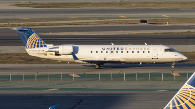 N903SW - Bombardier CRJ-200LR - United Express (SkyWest Airlines)