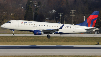 A picture of N208JQ - Embraer E175LR - Delta Air Lines - © Nick Neiger