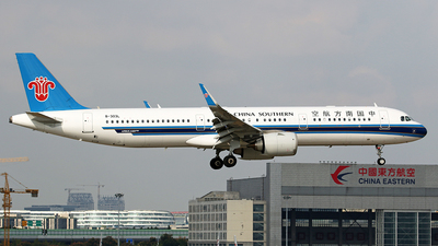 B-303L - Airbus A321-253N - China Southern Airlines