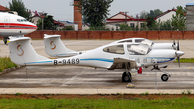B-9489 - Diamond DA-40D Diamond Star - Private
