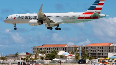 N186AN - Boeing 757-223 - American Airlines