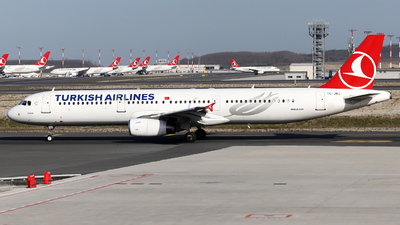 A picture of TCJRJ - Airbus A321231 - Turkish Airlines - © Firat Cimenli