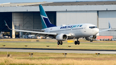 A picture of CGSWJ - Boeing 7377CT - WestJet - © Chung Kwok