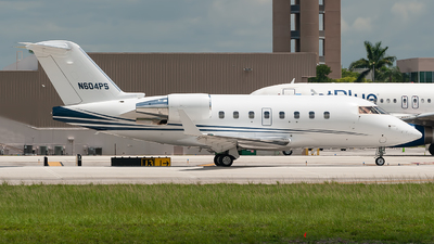 A picture of N604PS - Bombardier Challenger 604 - Delta Private Jets - © Mark Lawrence