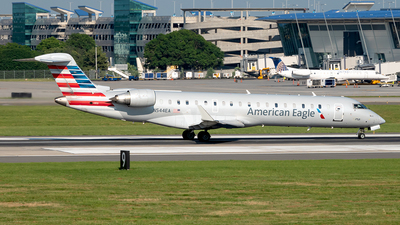 A picture of N544EA - Mitsubishi CRJ702ER - American Airlines - © Yan777