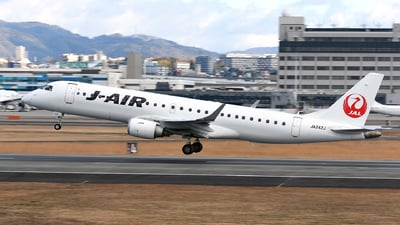 JA242J - Embraer 190-100STD - J-Air