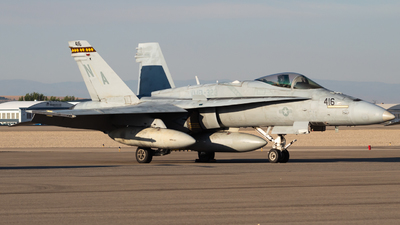 165207 - McDonnell Douglas F/A-18C Hornet - United States - US Marine Corps (USMC)