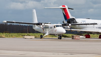 745 - De Havilland Canada DHC-6-300 Twin Otter - France - Air Force