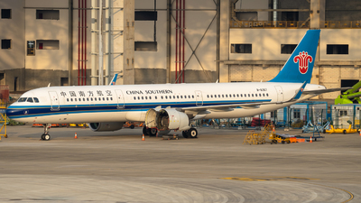 A picture of B8367 - Airbus A321271N - China Southern Airlines - © NicoNicoNi