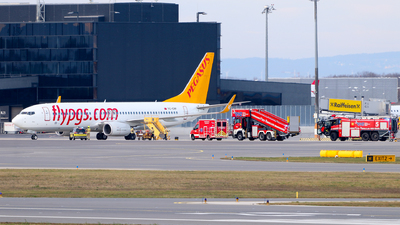 TC-CRF - Boeing 737-82R - Pegasus Airlines