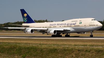HZ-HM1A - Boeing 747-3G1 - Saudi Arabian Airlines
