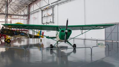 - Piper PA-12 Super Cruiser - Private
