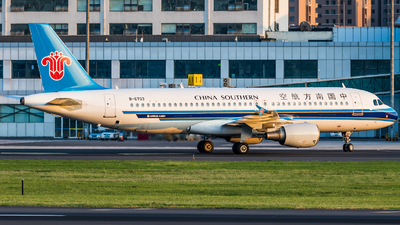 A picture of B6703 - Airbus A320214 - China Southern Airlines - © EK4822