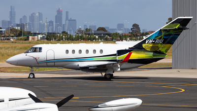 VH-RIU - Raytheon Hawker 800XP - Private