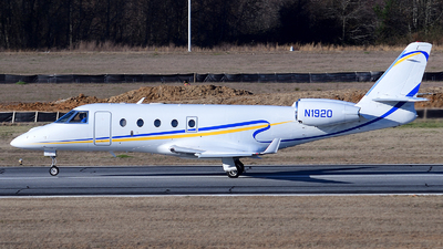 N1920 - Gulfstream G150 - Private
