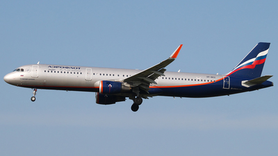 A picture of VPBEG - Airbus A321211 - Aeroflot - © Joost Alexander
