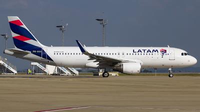 PR-OCI - Airbus A320-214 - LATAM Airlines