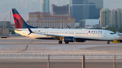 N844DN - Boeing 737-932ER - Delta Air Lines