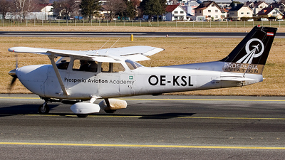 OE-KSL - Reims-Cessna FR172K Hawk XP II - Private